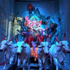 Raja Tejukaya Ganesh Is A Famous Mumbai Ganpati Idol